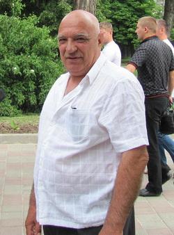 Безуглый Владимир ХАИ